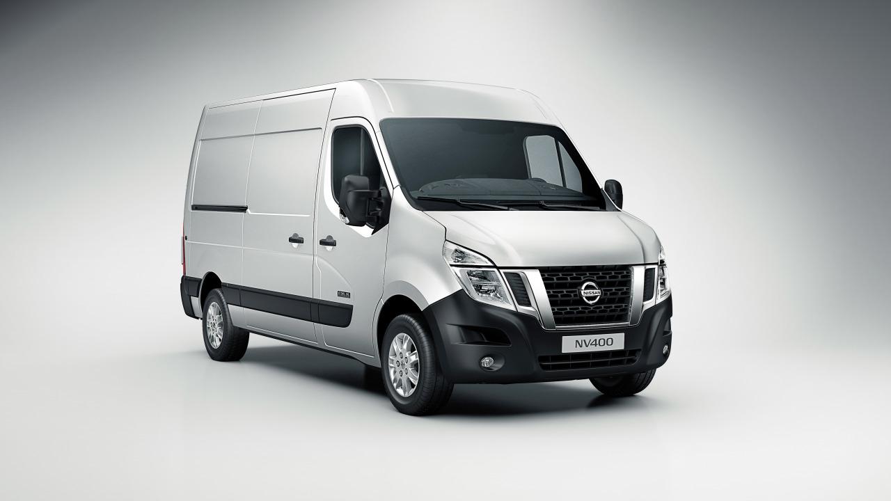 Nissan-NV400-4